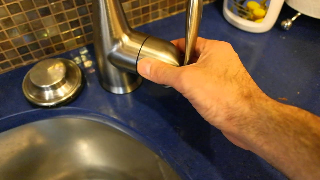 moen loose faucet handle - YouTube