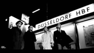 Kraftwerk - Trans-Europe Express  (1977)