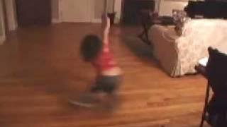 5 year old pole dancer move