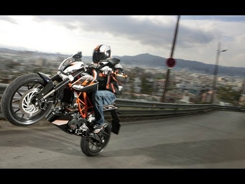 First-Test | KTM 390 Duke 2013 | Action-Sound-Onboard+Engl. Sub!