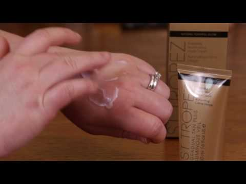 St Tropez Luminous Veil Self Tanner Review and Swatch