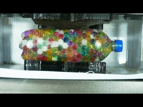 orbeez-balls-extruded-with-hydraulic-press