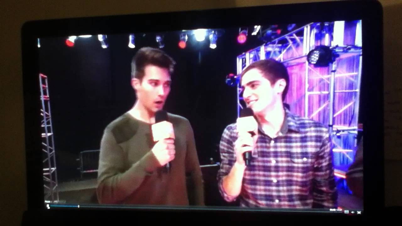 Elliott Morgan on Marvin Marvin w/ Big Time Rush - YouTube