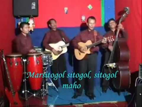 D' Las Doras ~ SITOGOL. with Lyrics