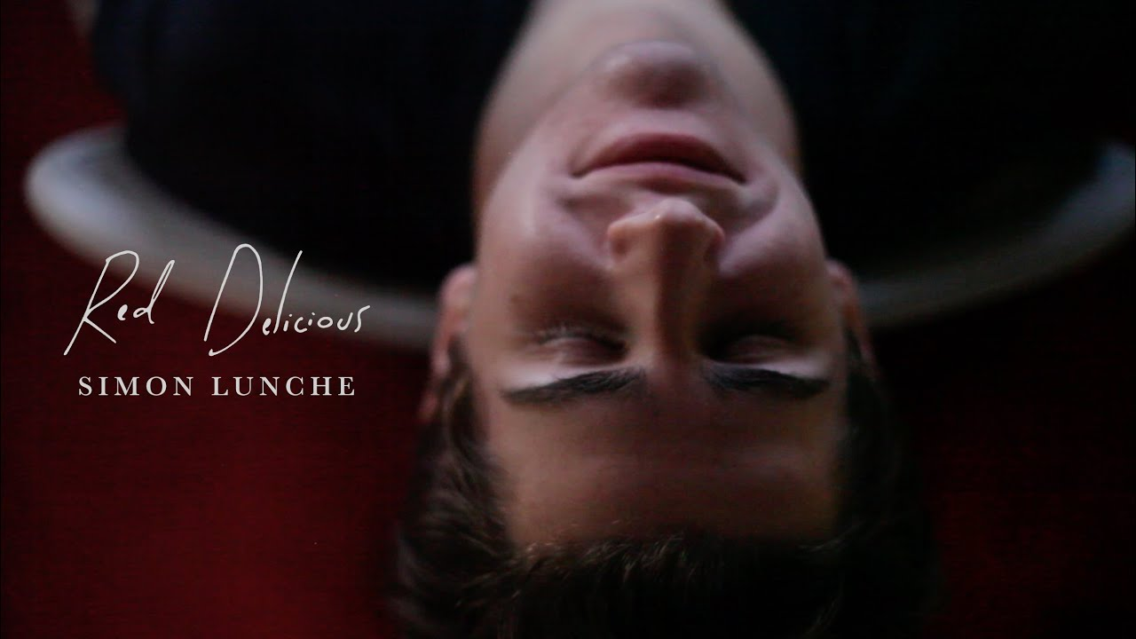 Simon Lunche - Red Delicious (Official Music Video)