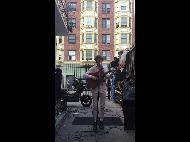 Joe Levi - 'Grow Old With You' (Live in Downtown Los Angeles)