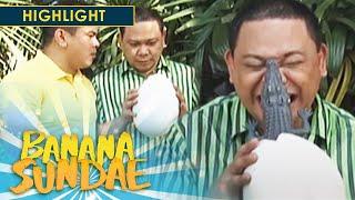 Banana Sundae: Easter Egg Hunting