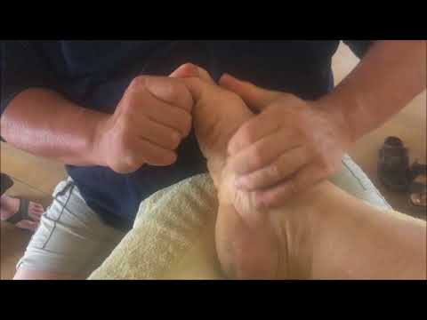 Deep Foot Reflexology Raynor Massage Style. Brandon doing deep foot massage on Shane. Part 1
