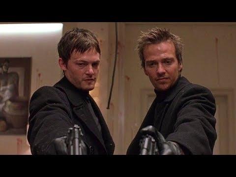 双胞胎兄弟无意间杀了黑帮成员,从此铲除黑帮 替天行道,经典动作爽片