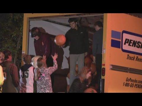 Chagrin Falls pumpkin roll: Halloween shenanigans on Grove Hill