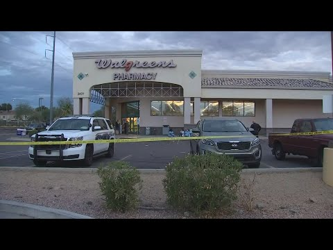 Phoenix PD confirm man shot inside Walgreen's pointed gun at employees, others
