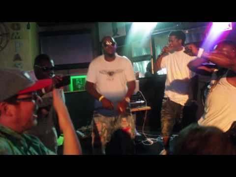 Citi-B & Hak Cutting Up (PERFORMING LIVE) CBCG