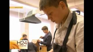 Иркутские школьники мастерят кормушки для птиц