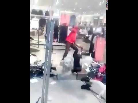'Anti-racist' activists vandalize H&M clothing store (South Africa)