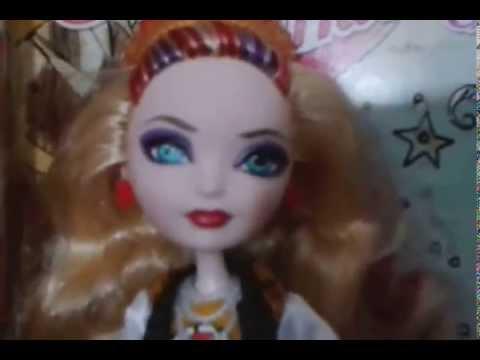 Apple White and Raven Queen EAH School Spirit dolls - YouTube