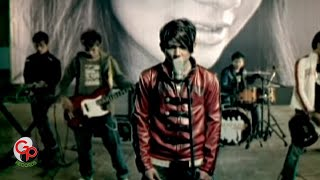 Five Minutes -  Bertahan (Official Music Video)