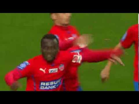 David Accam Scores & Gets Angry At Teammate