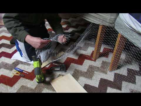 DIY indoor bunny cage made with chicken wire