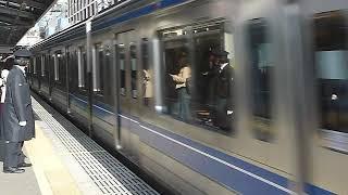 西武池袋線ラッシュ 6000系6110F 快速 大泉学園駅通過