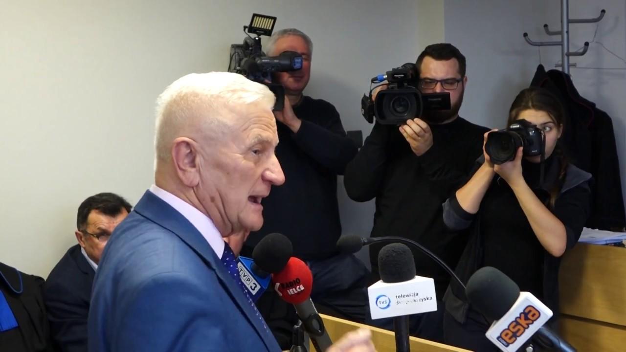 Dyrektor ZTM Marian Sosnowski w sądzie podczas rozprawy o przetarg autobusowy 29.12.2017