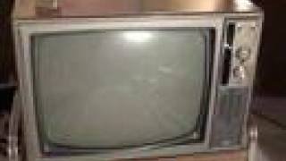 Watch a 1968 RCA Victor COLOR TV with remote control!