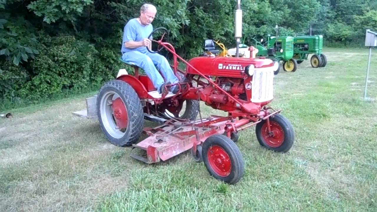1948 Farmall Cub Tractor With Mower Deck