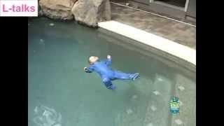 Lặng người với clip em bé rớt xuống hồ nước khi không có người lớn ở nhà