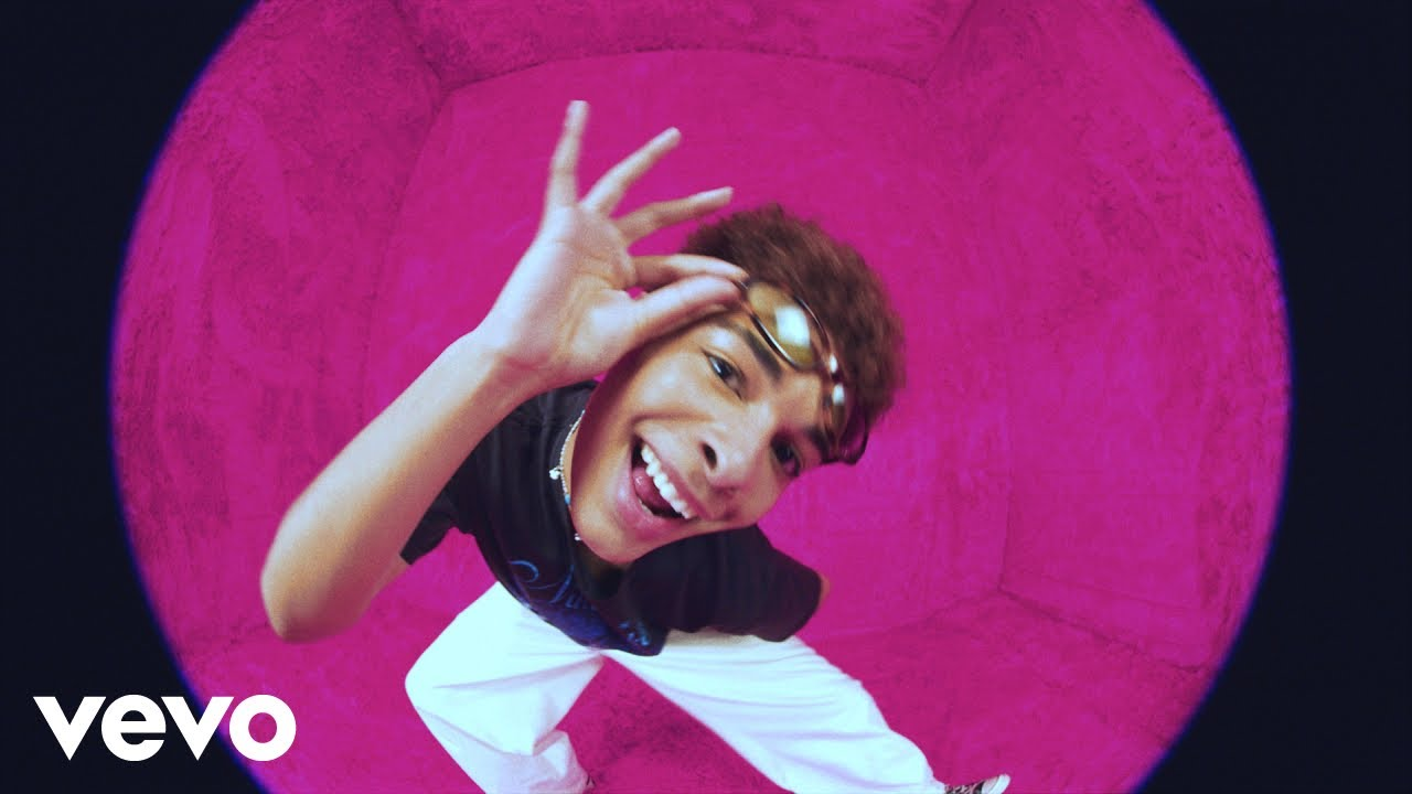 Isaac Dunbar - pink party (Official Video)
