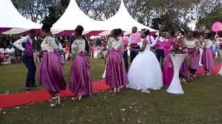 King monada  Malwedhe wedding challenge