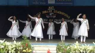 SALUTE TO THE NATION BY KENDRIYA VIDYALAYA  STUDENTS OF A.F.STN.  YELAHANKA,(15- 08- 2013)
