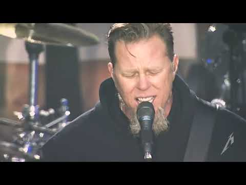 Metallica - The Unforgiven (Live in Berlin, Germany - June 6, 2006) - Chazike