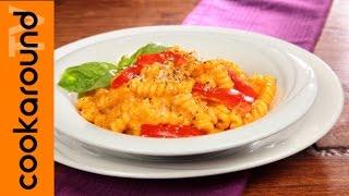 Fusilli bucati con crema di peperoni / Ricette pasta