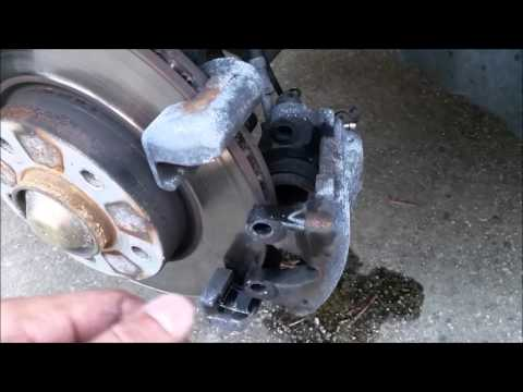 Bmw 530i E39 Brakes And Rotor Replacement Doovi