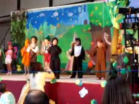 Pinocho y Pepe Grillo bailando Xuxa - YouTube