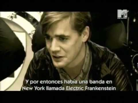 The Hives-Main Offender MTV live Part 1