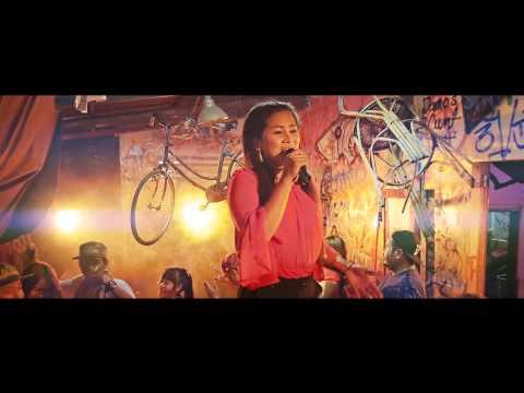 "SREYLEAK feat GOBSHITE & 12ME ""Saravan Rok Ku"" MV"