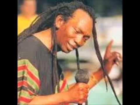 Thomas Mukanya Mapfumo - Mamvemve