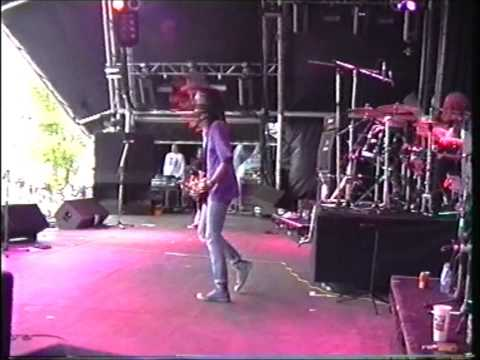 Mega City Four  Finsbury Park 1992   First Two Songs