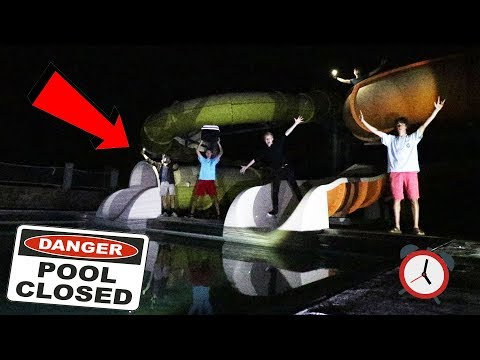 EXPLORING A CLOSED WATERPARK AFTER HOURS | (cops came)