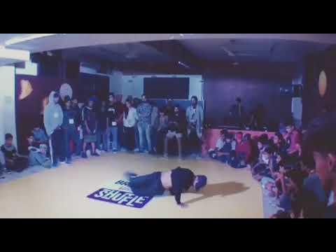 Bboy Ascendray showcase in breezer vivid shuffle jam 2017
