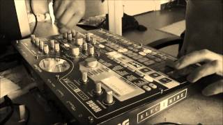 Dr Peacock Theme on EMX Korg Frenchcore track !