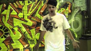 Video Tony Rissla - Vad tror du (Street Video) download MP3, 3GP, MP4, WEBM, AVI, FLV November 2018