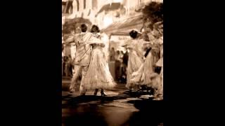 Francisco Mignone: Doze Valsas De Esquina (piano: Arthur Moreira Lima)