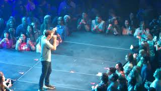 WALKER HAYES - SHUT UP KENNY - LIVE FROM JINGLEFEST FAMILY ARENA MO 12/09/2017