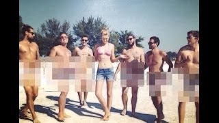 Leonardo DiCaprio's Girlfriend Poses With Six Naked Men - BT
