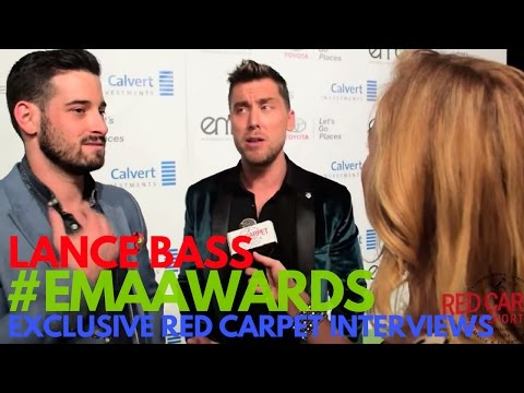 Lance Bass interviewed at the 26th annual EMA Awards #EMAAwards #Green4EMA #WeAskMore