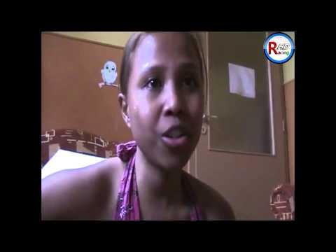 Most múlik pontosan - egy indonéz lány előadásában