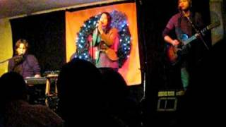 Vienna Teng and Peter Bradley Adams - I Still Haven't Found What I'm Looking For (U2 cover)