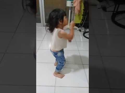 Anak joget cantik😂😎(keren)ngakak Mp3