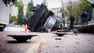 Опытный Водитель «Положил» Автокран и Cпас Людей.